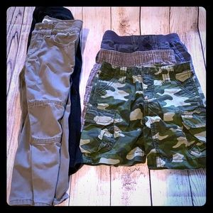 3 pairs 2T shorts & 2 pairs 3T pants- fit like 2T